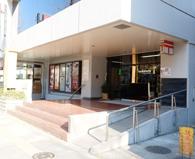 カポス_アベニューの入口